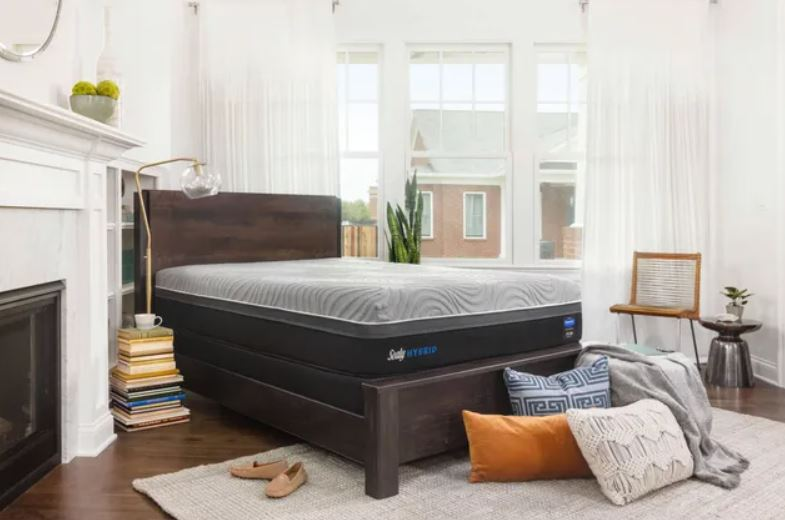 Sealy mattress in city apartment