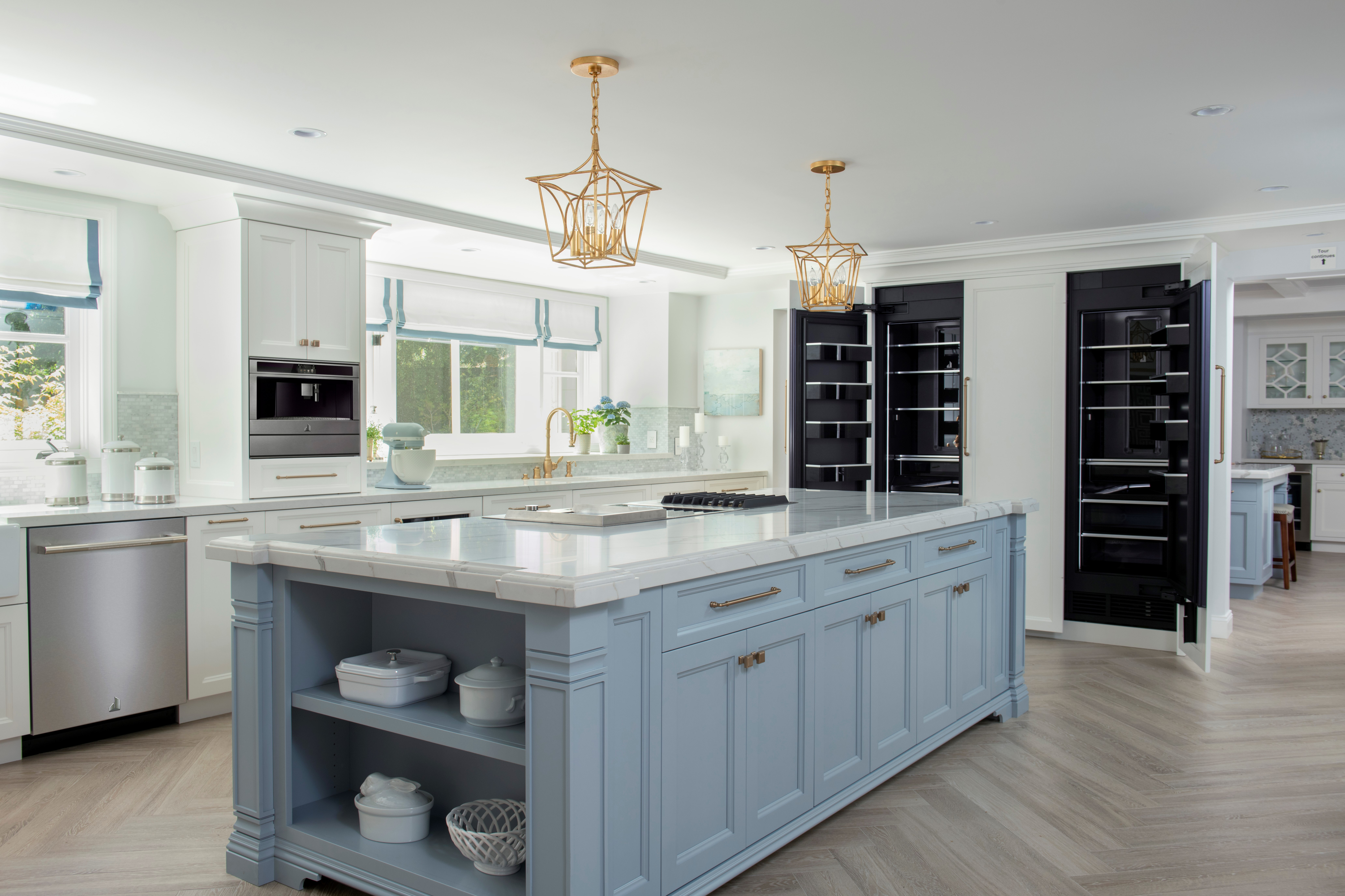 modern kitchen design with full suite of Jenn-Air appliances