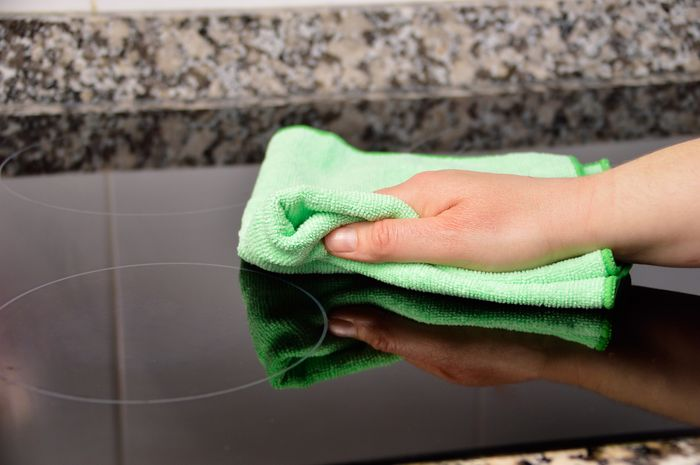 How to Clean Your Glass Cooktop | Kelso Sales & Service