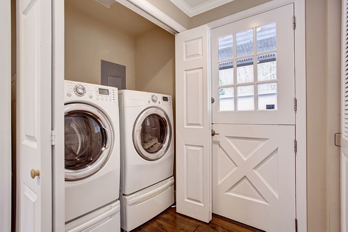 Things to Consider When Placing Your Laundry Set
