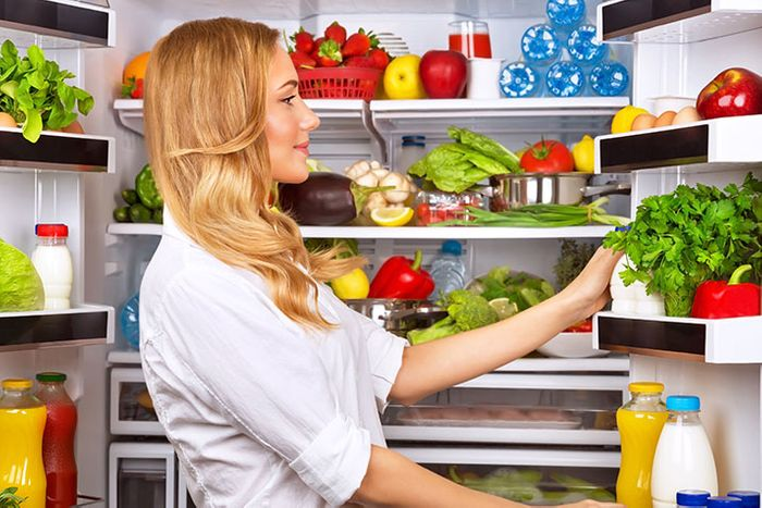 How to Clean and Arrange Your Refrigerator for Safety and Efficiency