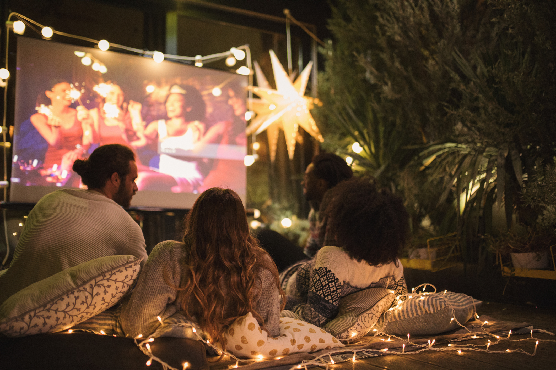 Bring the Family Together for Fall Movie Nights Outside | Duerden's Appliance & Mattress | Salt Lake City, UT