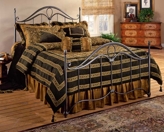 Hillsdale Furniture Kendall Queen Bed-1290-500