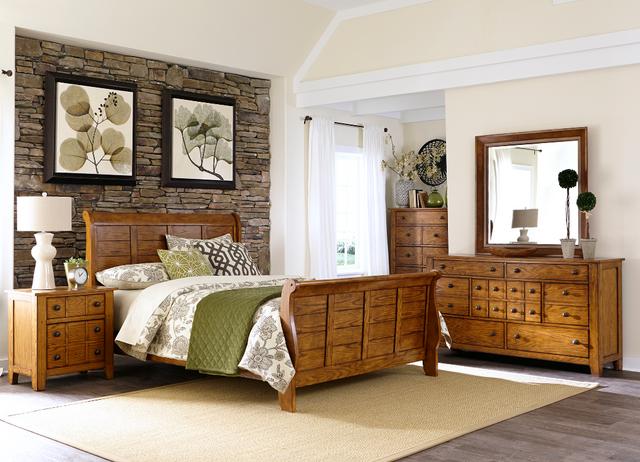 Liberty Furniture Grandpas Cabin 5 Piece Aged Oak Queen Bedroom Set-175-BR-QSLDMCN