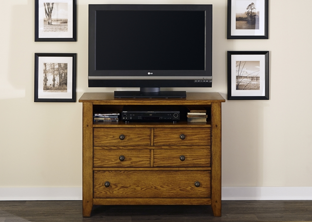 Liberty Furniture Grandpas Cabin Aged Oak Media Chest-175-BR45