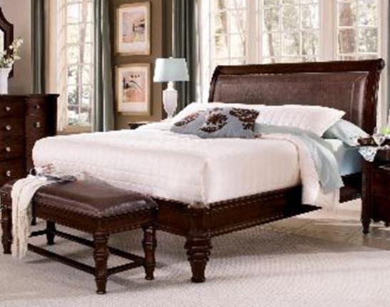Wynwood Sutton Place King Leather Platform Bed-1781-95K