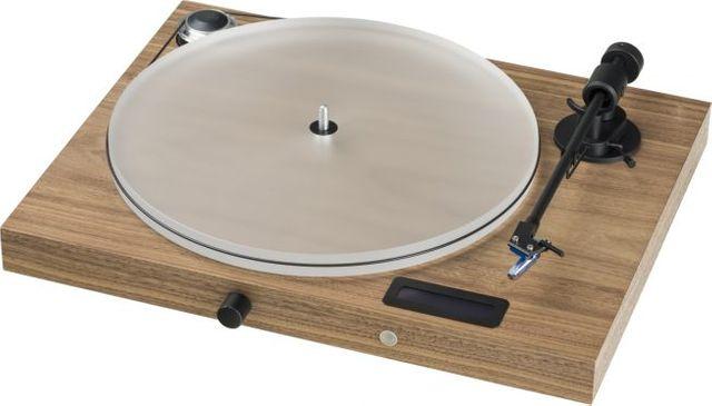 "Pro-Ject Audiophile Walnut Juke Box S2 ""All-in-one Plug & Play"" System-Juke Box S2-Wal"