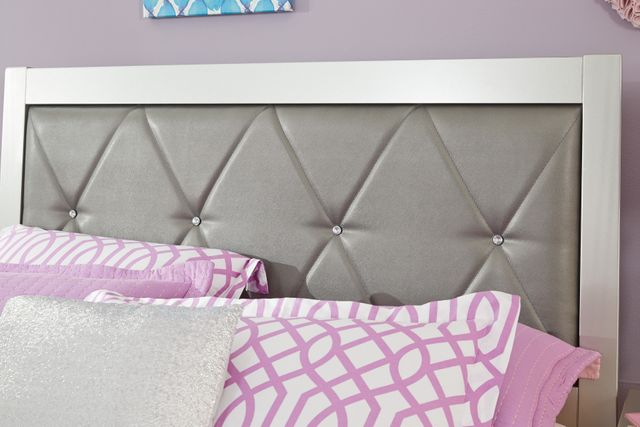 Signature Design by Ashley® Olivet Silver Twin Upholstered Panel Headboard and Footboard-B560-53
