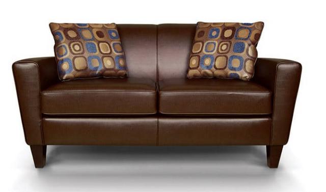 England™ Furniture Lynette Loveseat-6206AL