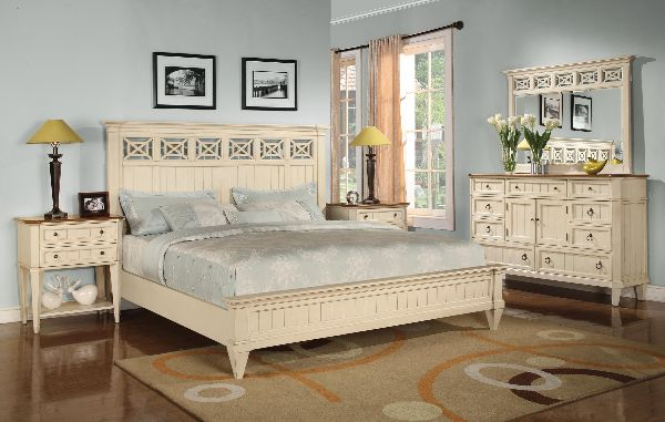Wynwood Garden Walk King Panel Bed-6634-90K