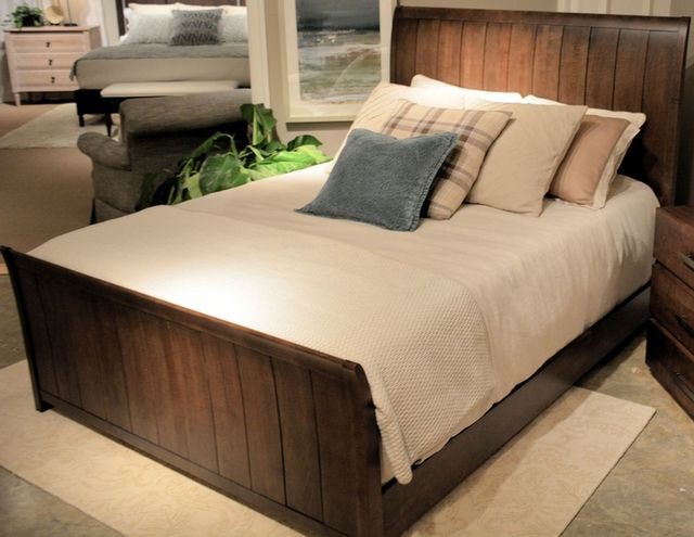 Durham Furniture Solid Accents Truffle Queen Sleigh Bed-900-127