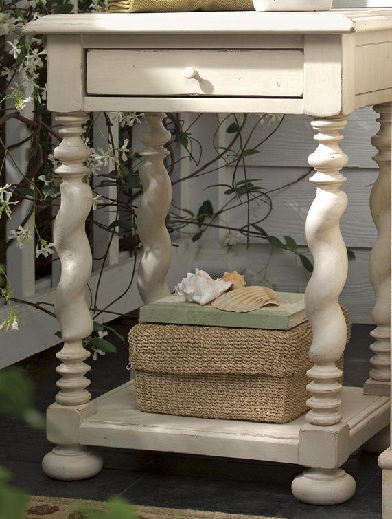 Paula Deen by Universal Furniture Linen Sweet Tea Side Table-996827