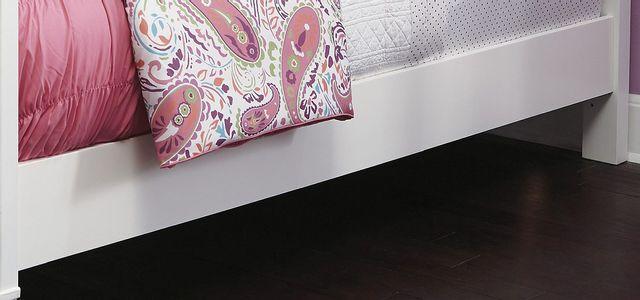 Signature Design by Ashley® Kaslyn White Twin Panel Rails-B502-83