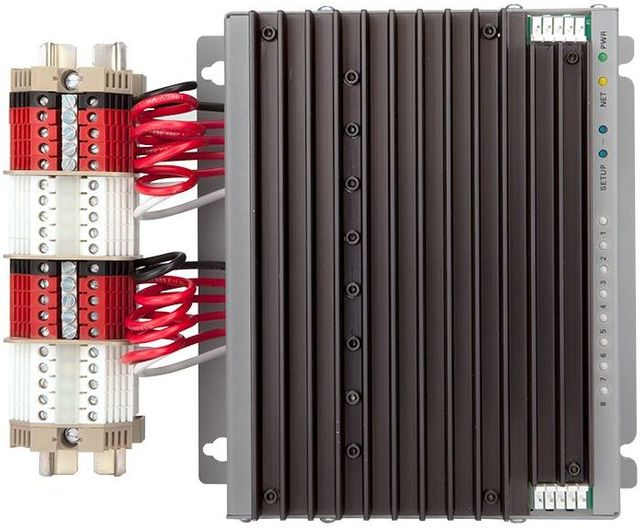 Crestron® 8 Channel Universal Dimmer Module-GL-CAEN-2DIMU8 KIT