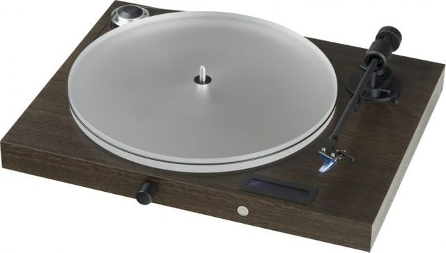 "Pro-Ject Audiophile Walnut Juke Box S2 ""All-in-one Plug & Play"" System-Juke Box S2-Euc"