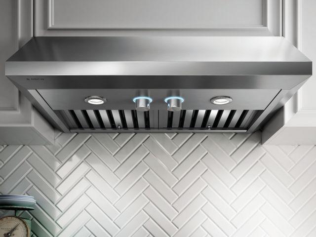 Hotte de cuisinière sous-armoire Elica® de 36 po - Acier inoxydable-ECV636S3