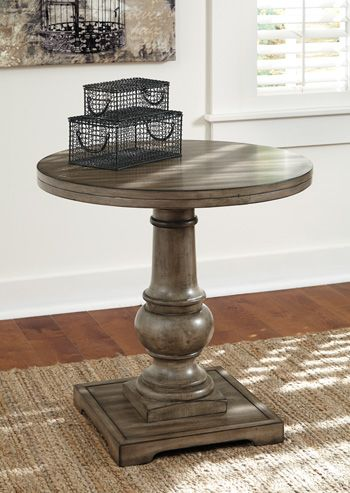 Signature Design by Ashley® Vennilux Round End Table-T500-106