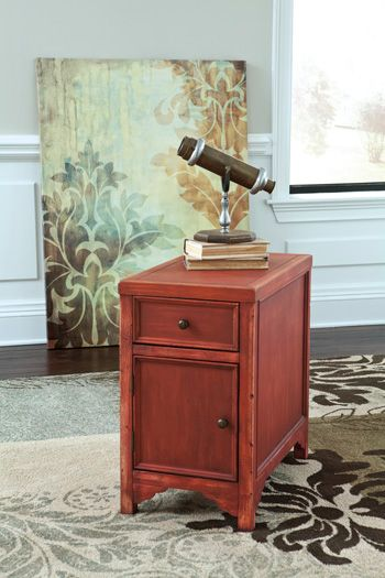 Signature Design by Ashley® Mirimyn Chair Side End Table-T505-407