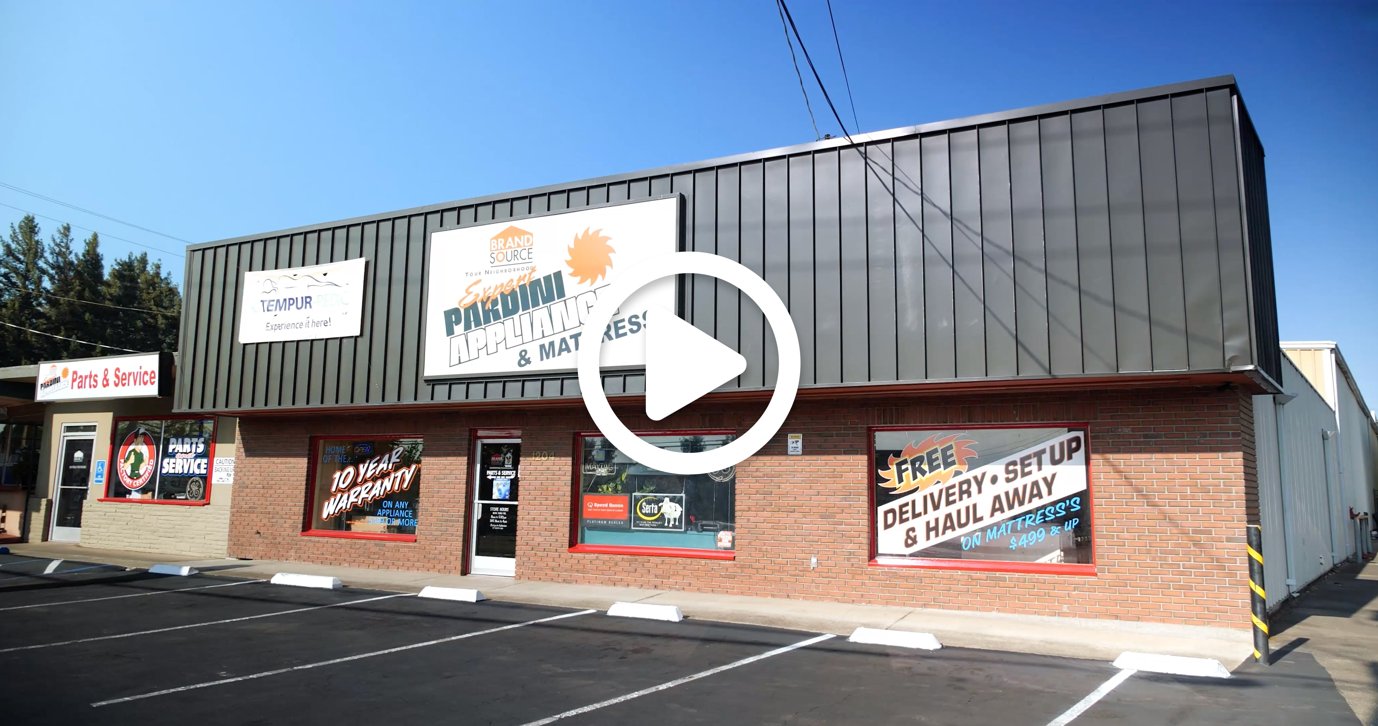 Pardini's store front
