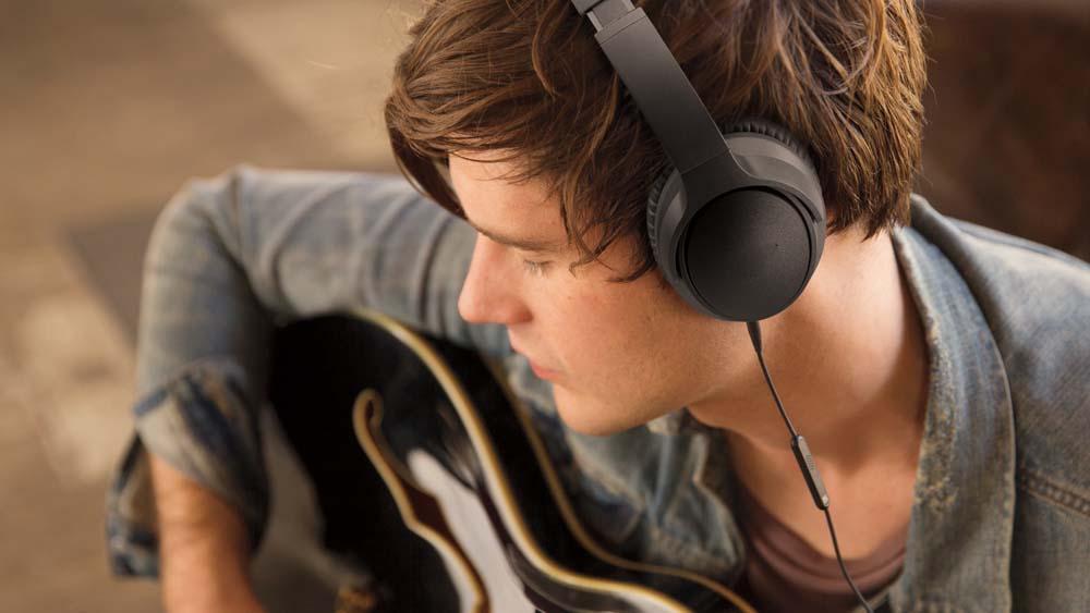 Soundtrue over ear Headphones