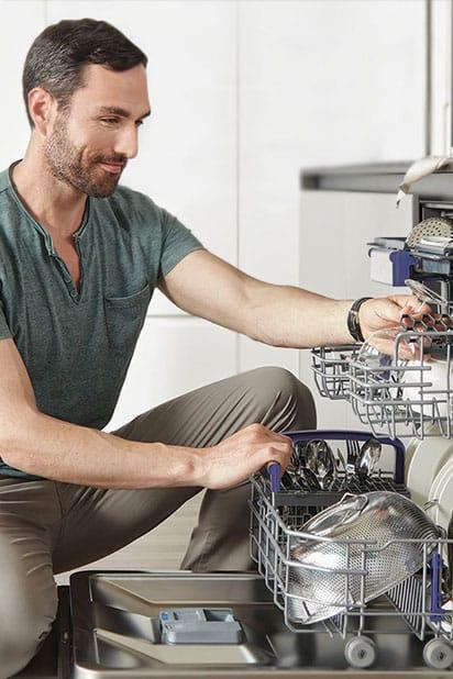 kitchen showcasing dishwasher