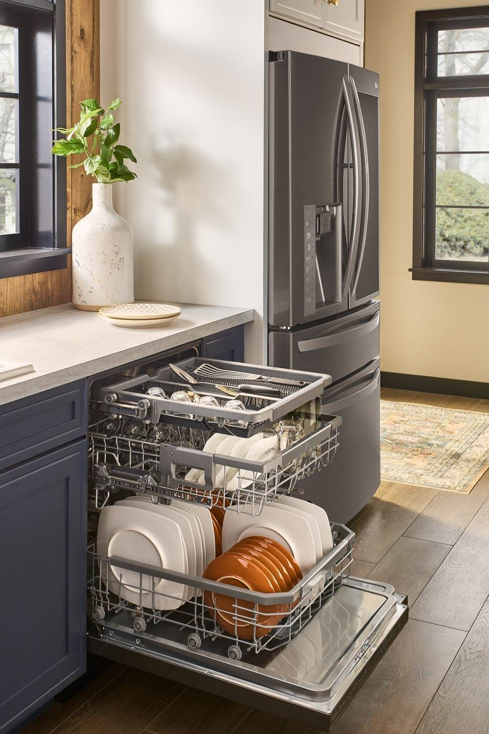 Picture of dishwasher