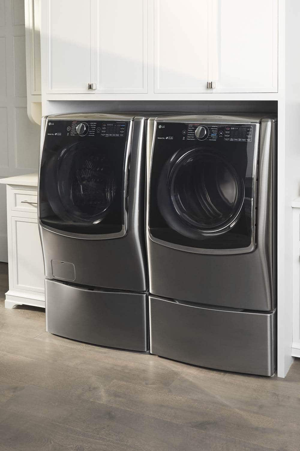 picture of a washer and dryer